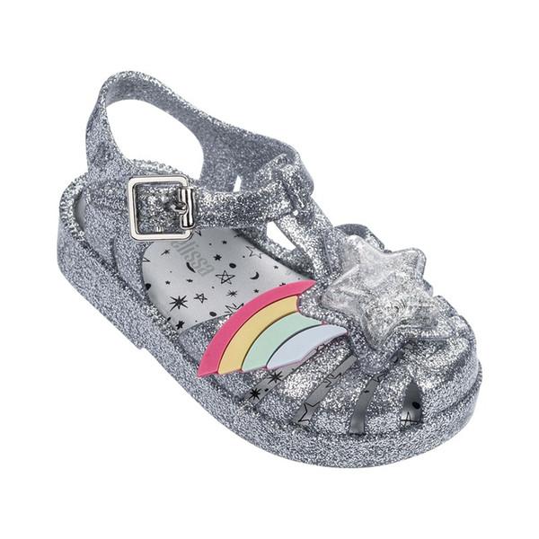 Yakın Ayak 3D Gökkuşağı Yıldız Yama Kızlar Rahat Plaj Sandalet 2019 YENI mini lissa Yumuşak Alt Çocuk Ayakkabı Sandalet Kızlar Jöle ayakkabı