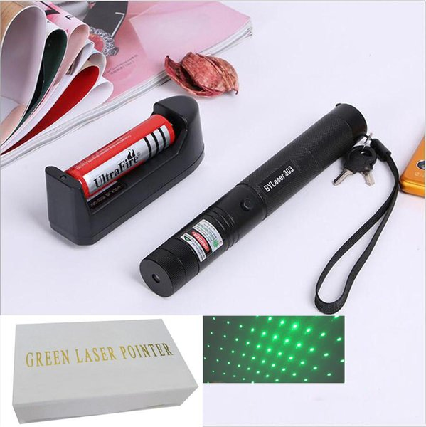 laser pointer 303 dc3.7v outdoor flashlight with rechargable 18650 battery charger and retail box 532nm green laser star pointer ship