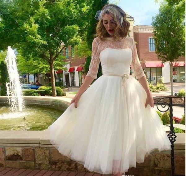 Knee Length Country Wedding Dresses 2019 Sheer Neck Illusion Half Sleeves Lace Ribbon Bows Tulle Short Wedding Bridal Gowns Vestido De Novia
