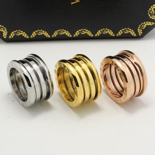 Brand Band Rings Nuova versione Wedding Love Ring Titanium Steel 3 Mix Color Coppia anello per gioielli da donna Uomo fidanzamento Bulgaria
