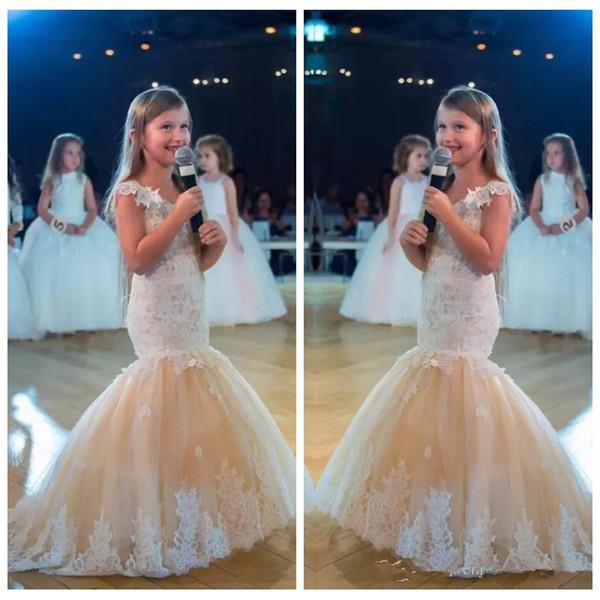 Fora Do Ombro 2019 Rendas Apliques Fino Sereia Flor Meninas Vestidos Bonito Formal Crianças Vestidos de Festa Personalizado Comunhão Vestidos Pageant Vestidos