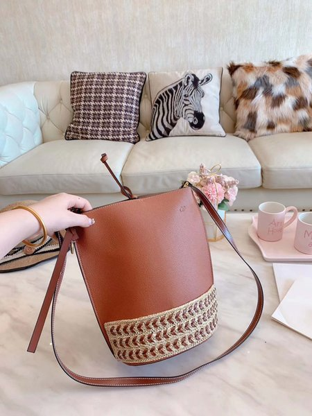 Casual alta qualidade Designer Shoulder Bag Womens Luxo Marca Corpo Cruz Bolsa de Ombro B100692Z