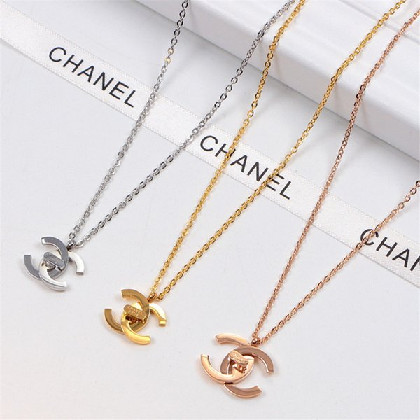 Fashion Brand Hip Hop Style Necklace with 3 Colors Women Men Couple Simple Pendant for High Street 3D Letter Necklace