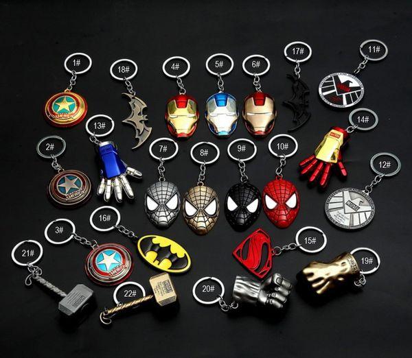 Venta caliente Capitán América Escudo Llavero Los Vengadores Superman Superhéroe Batman Llavero Llavero anillo Llavero Accesorios de Moda