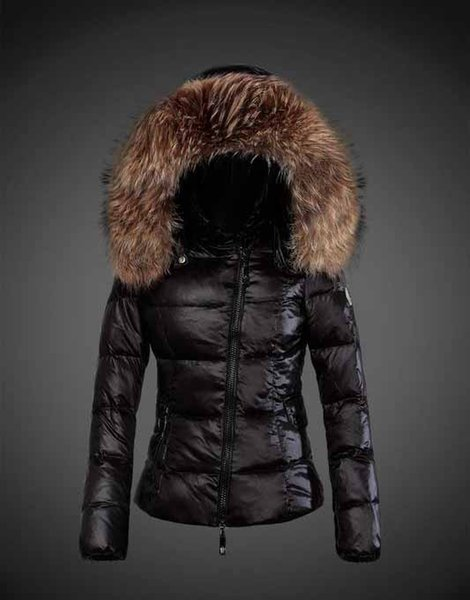Nueva marca de moda para mujer Chaqueta corta de lujo con capucha real Mapache cuello de piel con capucha parkas Top down coat marca parkas