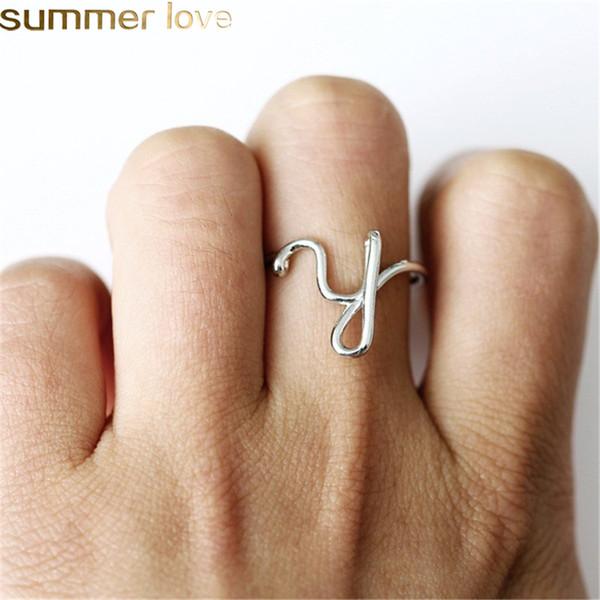 Nuovo Design semplice Aperto A-Z Lettera Anelli Oro Argento Oro rosa Nome Alfabeto dito anello femminile dichiarazione Fascino del partito Gioielli regali per le donne