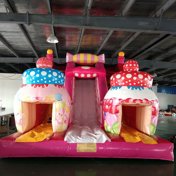 새로운 놀이 공원 슬라이드 경비원 달콤한 사탕과 케이크 디자인 핑크 풍선 슬라이드 놀이터