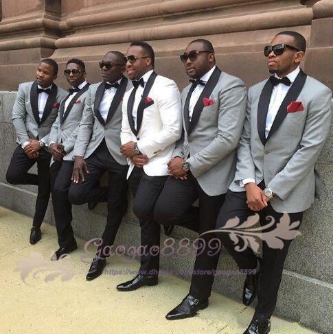 Одна кнопка slim fit жених смокинг белый светло-серый куртка брюки мужские смокинги с черным отворотом лучшие мужские костюмы на заказ жениха костюмы