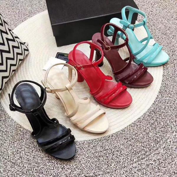 2019 Paris Grand Palace Serbest Sandalet Tasarımcı bayan Ayakkabıları Yüksek topuklu ayakkabılar Süper Yumuşak Rugan High-end Custo
