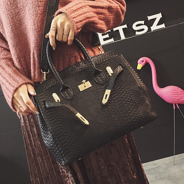Luxury Handbag Womens Bag Printed Snake Crocodile Skin Jelly Bag Tote Python Designer Purse Female Crossbody Shoulder Satchel v00