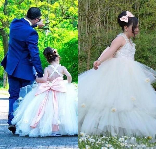 Custom Made Flower Girls Dresses For Weddings Cross Back Lace Handmade Flowers Girls Pageant Dress Back Big Bow Layered Kids Communion Dress