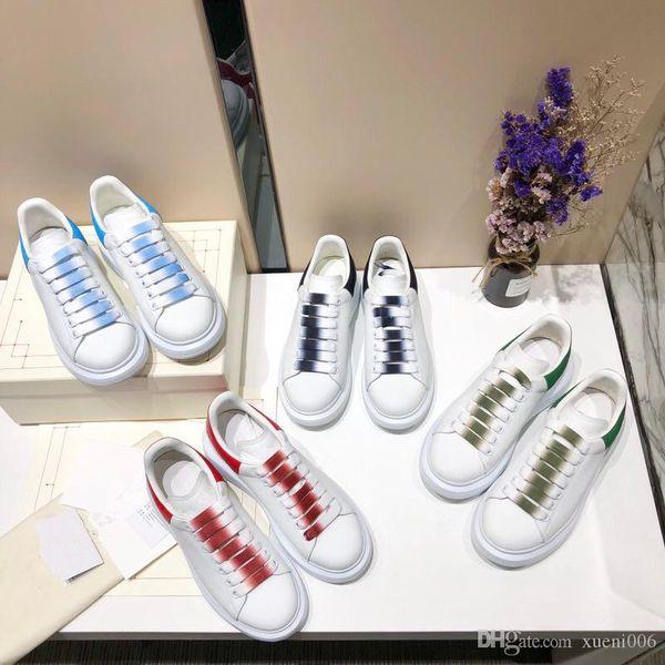 Kadın erkek tasarımcı ayakkabı 2019 Üçlü S siyah beyaz toz havalandırma delik eşleştirme İtalyan platformu orijinal erkek sneakers xrx190623