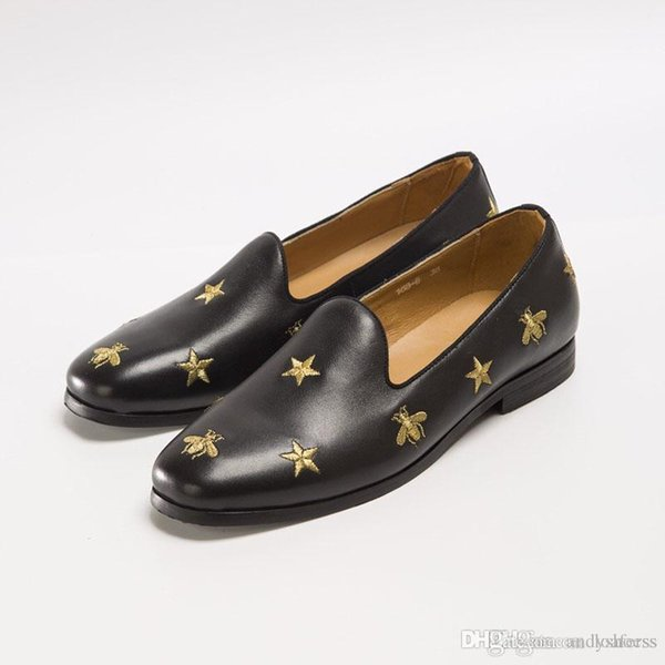 Luxus Männer Kleidschuhe der Hochzeitsgesellschaft klassische Freizeitschuhe Geprägte Leder Art und Weise preiswerter Schuh Qualität geben Verschiffen