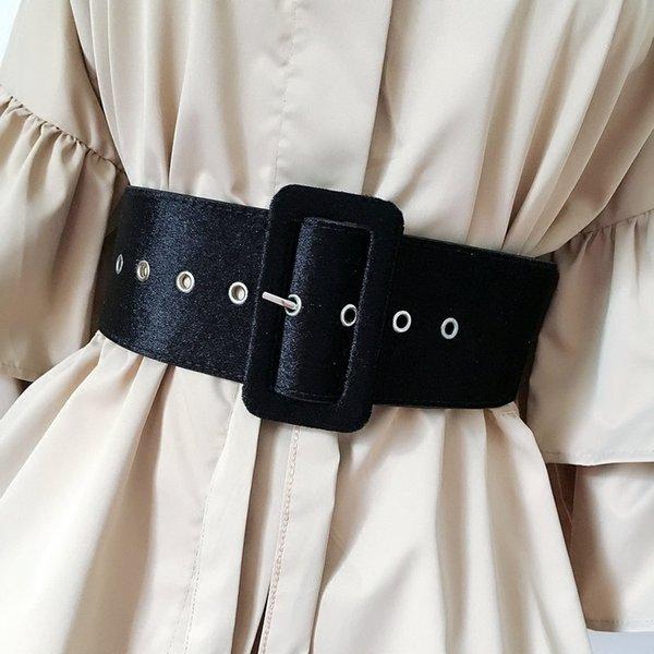 Yeni Tasarım Geniş kadın elbise kemerleri kemer süslemeleri moda gümüş pin toka Kadife parti kemer siyah pazen kadın C19010301