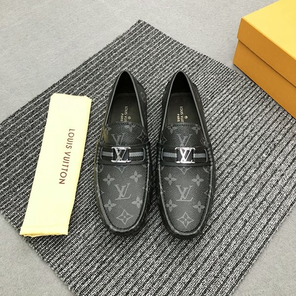 Luxury Dress Shoes Summer Suede Loafers Men Shoes Casual Genuine Leather Slip on Mens Driving Shoes Soft Male Moccasins Breathable Gommino