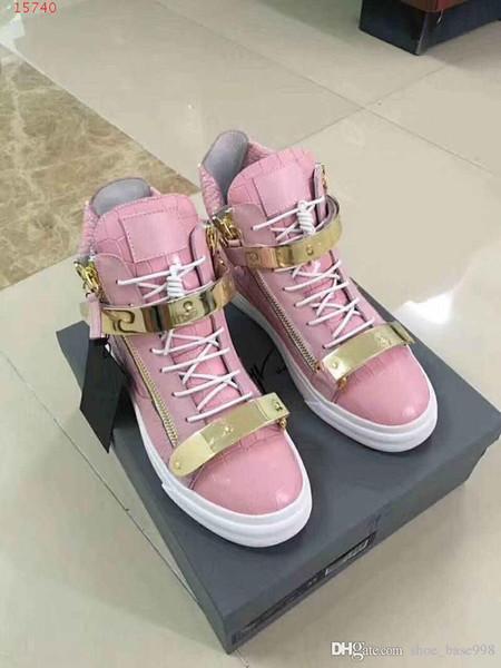 2019 nova moda legal lazer sapatos de viagem estilo europeu e americano Super leve sola de borracha contratada amantes de lazer sapatos