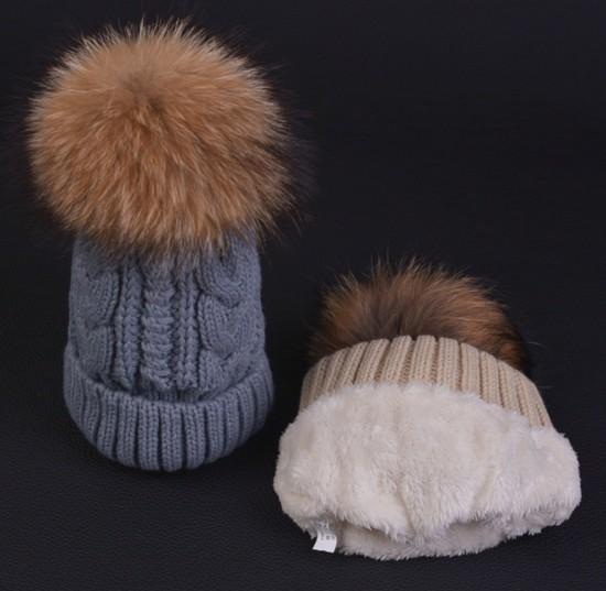 Quality Cable Knitted Yarn Thick Beanies Racoon Dog Fur Ball For Adults Mens Womens Winter Hip Hop Pom Rib Hats Head Ears Warmer Snow Cap