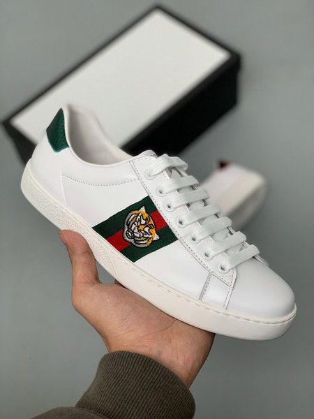 Großhandel Neue Designer Schuhe ACE Luxus Bestickt Weiße Tiger Biene Schlange Schuhe Aus Echtem Leder Designer Sneaker Herren Damen Casual Schuhe