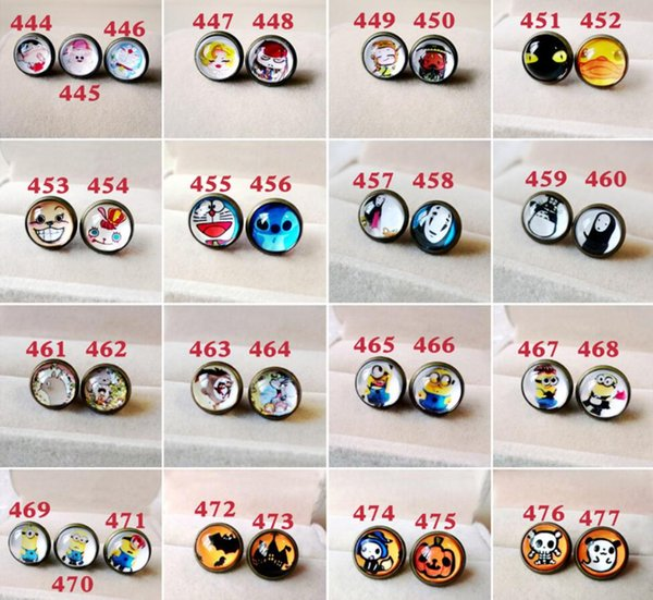 Mobile phone dust plug Headphones 3.5mm multi-pattern cartoon mobile phone dust plug Cute choice wholesale