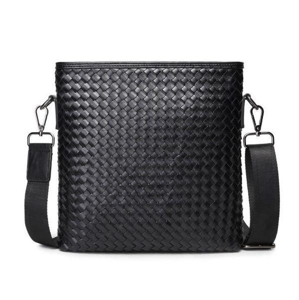 Factory wholesale brand men handbag new hand-woven black men shoulder bag classic woven leather Messenger bag fashion strong men small bag
