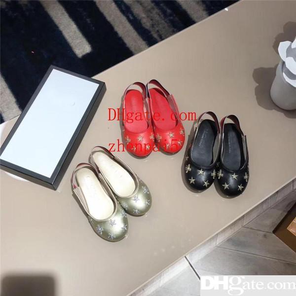 Zapatos de lujo para niños Zapatos de princesa de diseñador Chicas encantadoras Sandalias Emboridery Sandalias brillantes de estrella Calzado de verano