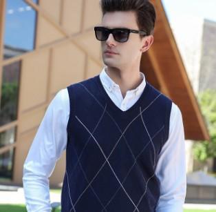 Designer moda maglione gilet senza maniche con collo selvaggio scozzese per uomo primavera autunno inverno abbigliamento formato asiatico M-3XL all'ingrosso