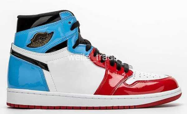 New 1 High OG Fearless Red Blue Black Classic Mens Basketball shoes 1s I UNC Chicago Sports Sneakers Patent Leather Trainers des chaussures