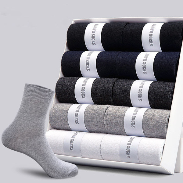 Hommes chaussettes en coton Nouveaux styles 5 paires / Lot hommes d'affaires noirs Chaussettes Respirant Automne Hiver Homme Taille gratuit