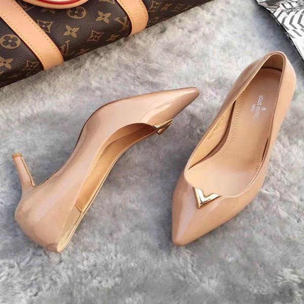 Nueva moda coreana salvaje tacones altos antideslizantes puntiagudos zapatos solos zapatos de tacón alto de lujo de cuero cómodo de tendencia Tamaño 34-42 número: 23-333