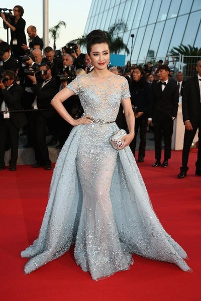 Cannes Film Festival 2019 New Celebrity Evening Dresses With Detachable Train Sheer Neck Mermaid Red Carpet Short Sleeve Prom Gown