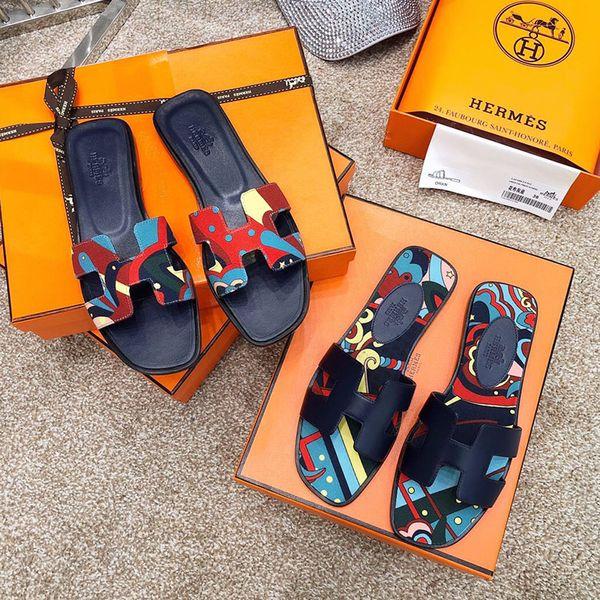Nuove scarpe da donna di design di lusso pantofole piatte Sandali di fondo in vera pelle estate infradito panno infradito con scatola