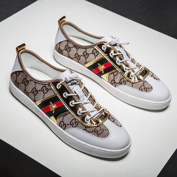Erkekler Sneakers İngiltere eğilim Retro moda Vahşi kanvas ayakkabılar mektup hareketi Eğlence Küçük beyaz ayakkabı yeni stil toptan