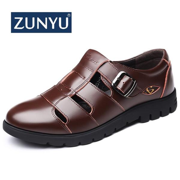 6401d0b543e ZUNYU 2019 Nuevo Verano Maduro Hombre Sandalias Cuero Sandalias Hombres  Cuero Para Zapatos de Vestir Negros