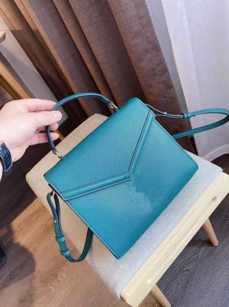 the new spring and summer 2020 bag lady's classic inclined shoulder bag one shoulder bag