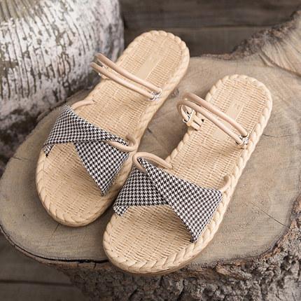 Deux nouvelles pantoufles à fond plat pour l'été 2019, version coréenne de chaussures de plage polyvalentes pour les fées du vent étudiant, sangles avant et arrière