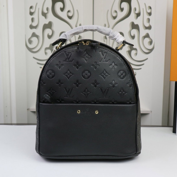 High quality designer fashion mini backpack luxury brand laser diagonal bag ladies classic leather Backpack Style 24 * 27 * 14cm Model:44019