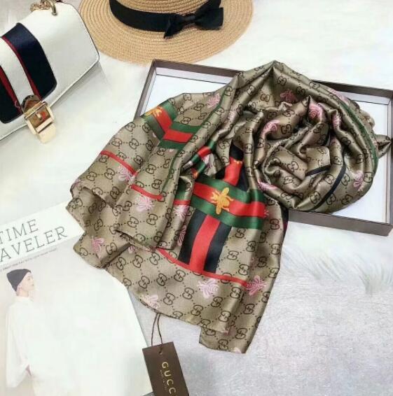 Venta al por mayor de las mujeres bufandas de seda 2019 de alta calidad de las mujeres nuevas bufandas de seda abeja vintage impreso seda larga bufanda tamaño 180x90