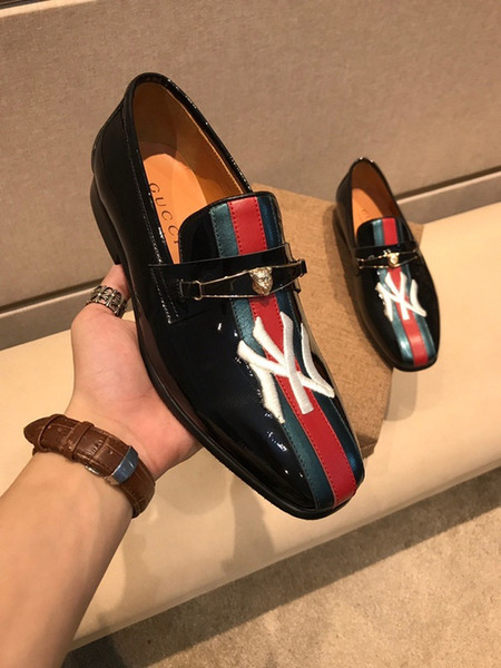 2019 Luxury original edition custom high quality genuine leather Comfortable healthy Bee pattern shoes Men's leather shoes