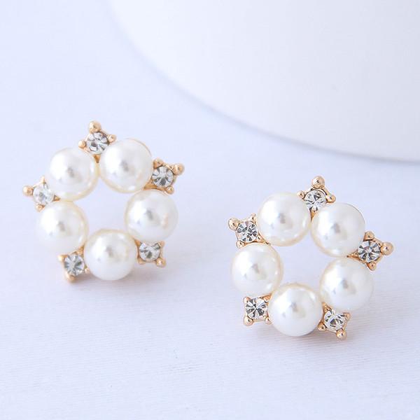 Orecchini di gioielli per le donne Orecchini di perle per le donne Orecchini di cristallo per le orecchie d'oro
