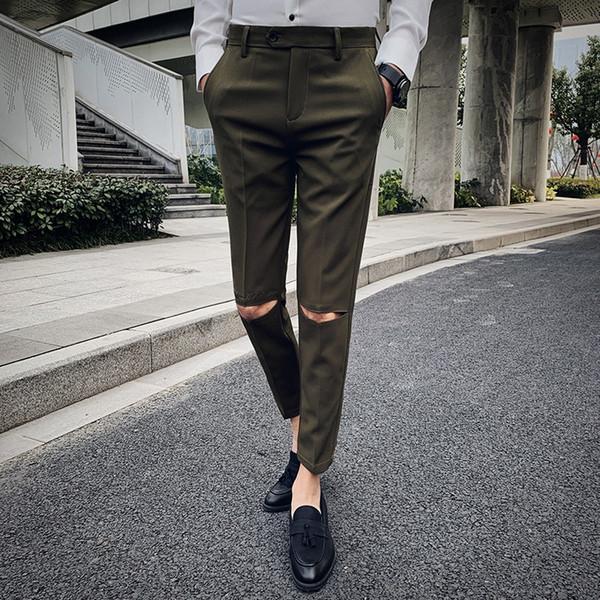 Buraco bordado design Calça Casual Men Dress magro Calf-Comprimento Calças calças Moda Mens coreano Calças Masculinas Roupas de Marca