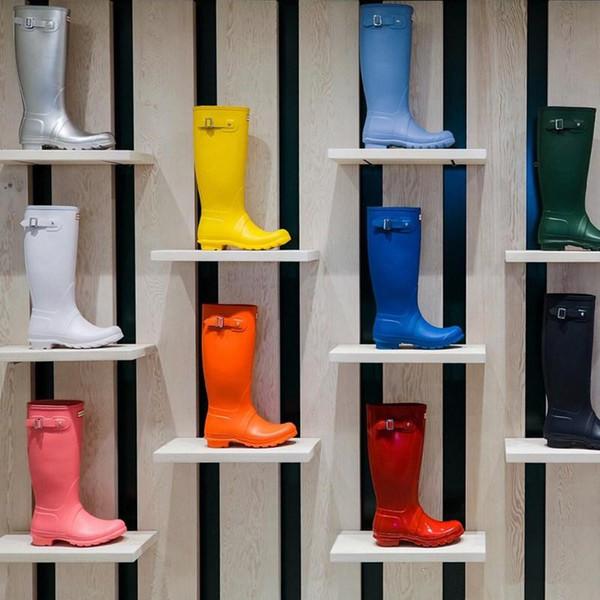 NUEVAS mujeres RAINBOOTS moda Hasta la rodilla botas altas de lluvia botas impermeables welly botas impermeables de goma zapatos para el agua zapatos para la lluvia