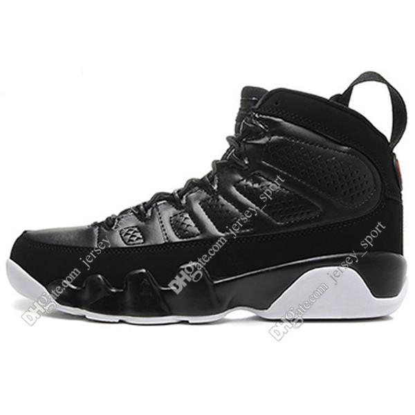 #09 Black White