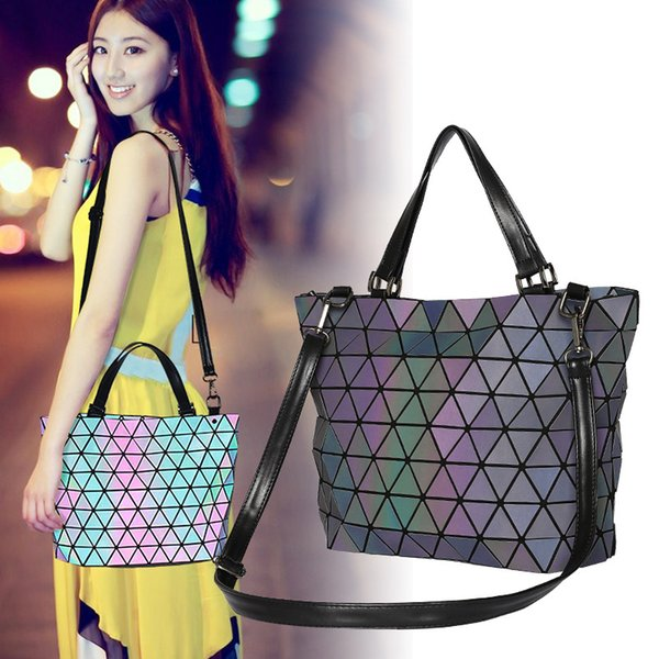 2018 New Pattern Three House With Fund Ma'am Diamond Lattice Korean Trend Women's Noctilucent Package backpack