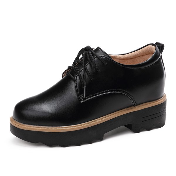 2019 Neuer britischer Ein-Schuh-Schuh aus Leder für Damen, der Damenschuhe mit dickem Boden und samtigen kleinen Schuhkuchen-Freizeitschuhen erhöht
