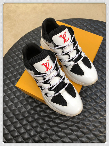 2019 Sapatos de grife Sapato Bonito Plataforma Sapatilhas Casuais Sapatos de Designers de Luxo Sapatos de Couro Cores Sólidas Vestido de Sapato o89