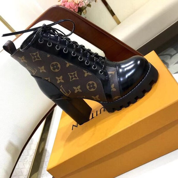 top popular 2019p new fashion wild ladies short boots ladies print striped non-slip summer casual ladies short shoes, full original packaging delivery 2019