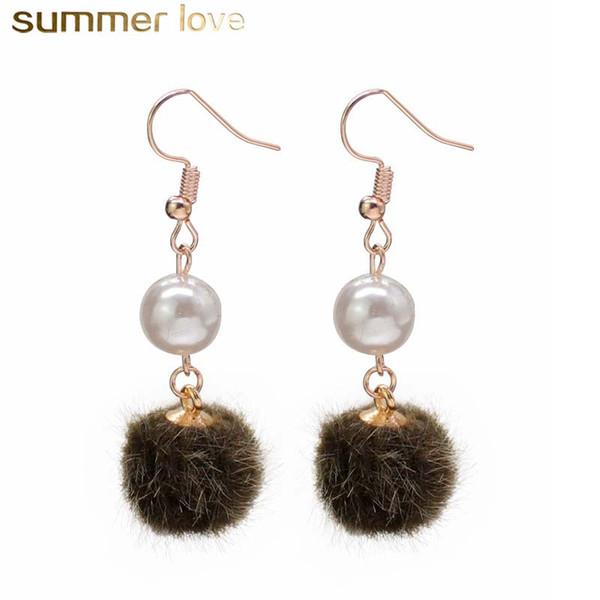 Orecchino pendente della perla della sfera della pallina della pelliccia di stile della Corea per le donne all'ingrosso lungo all'ingrosso variopinto dei monili di modo dell'orecchino della sfera del gancio