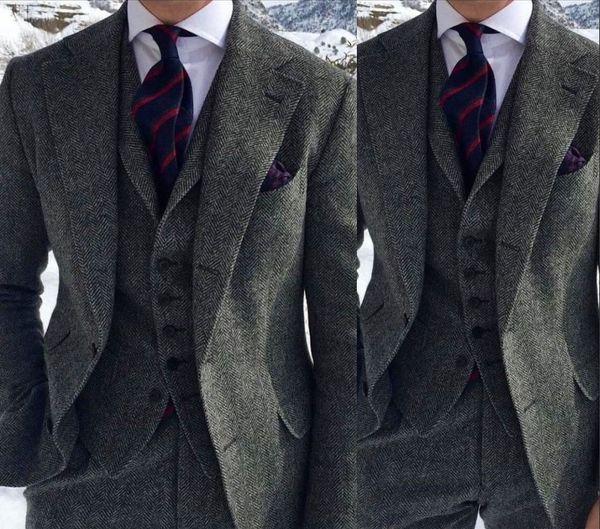 Smoking grigio scuro a costolette Harringbone 2019 a due bottoni con risvolto Risvolto Slim Fit Uomo Suit per occasioni Business (giacca + pantaloni + gilet + fiocco)