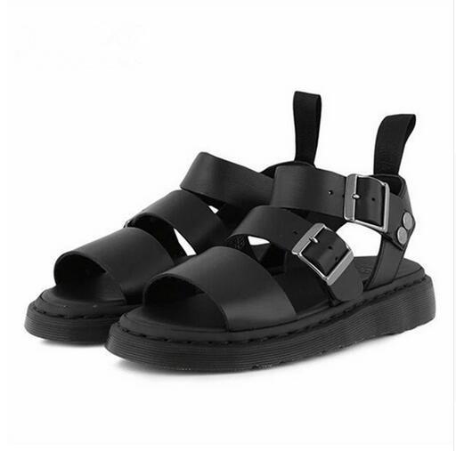 Venda quente-Nova Marca Mulheres Gladiador Sandálias Pretas Sapatos Baixos Mulher Casuais Salto Grosso Apartamentos Praia Sandalias Mujer