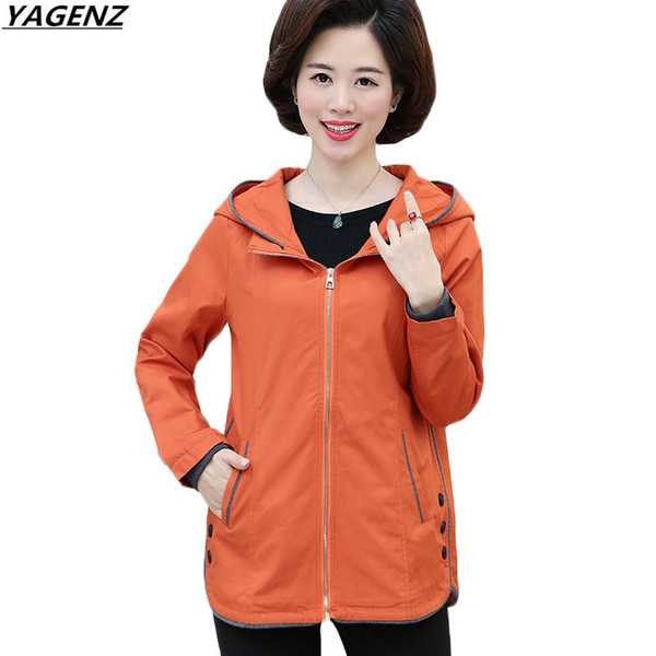 Spring Autumn Women Windbreaker 2017 Middle Age Mother Clothing Long Sleeves Outwear Hooded Zipper Plus Size Female Basic